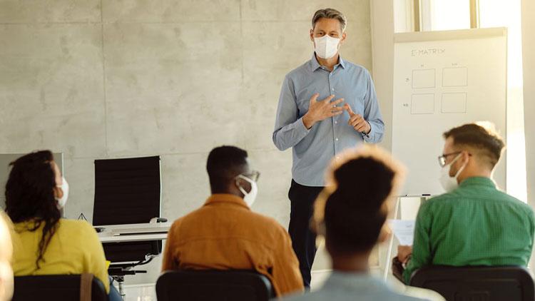مزایای تحصیل MBA در لهستان